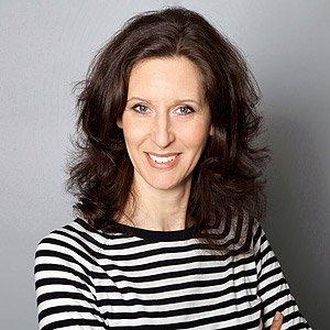 Alexandra Prasch steht für professionelle Webseiten mit Square Space. Sie lebt und arbeitet in Wien.