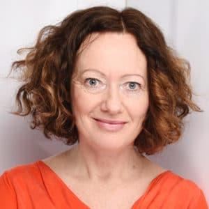 Claudia Germer ist Marketer, Webdesignerin, Grafikerin. Die 1-Frau-Agentur aus Hannove entwickelt wirksame Lösungen für das Marketing.
